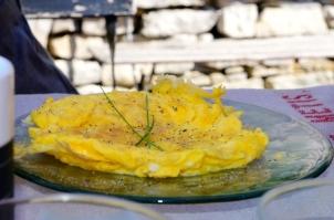 la table du petit dejeuner avec son omelette2