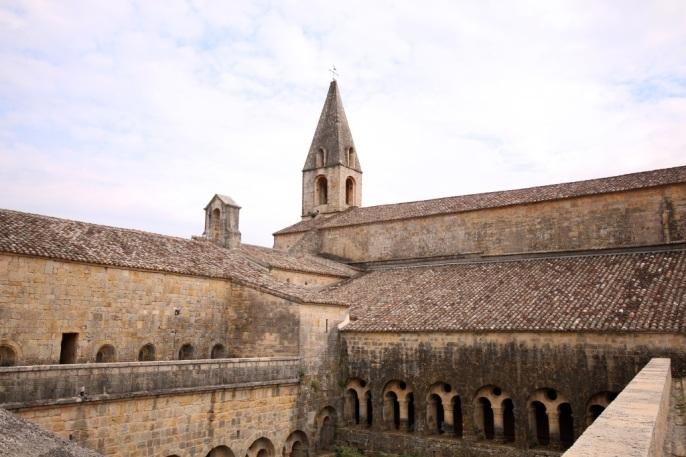 abbaye thoronet exterieur